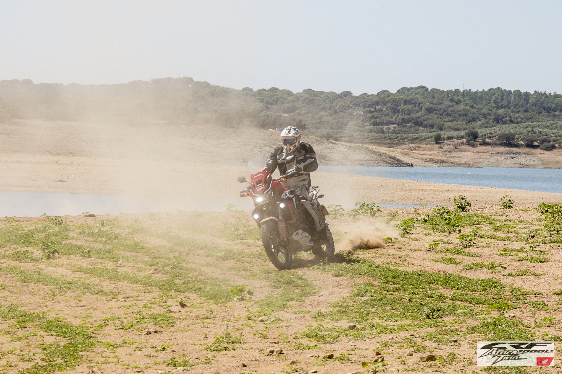 CRF1000L Africa Twin Slide