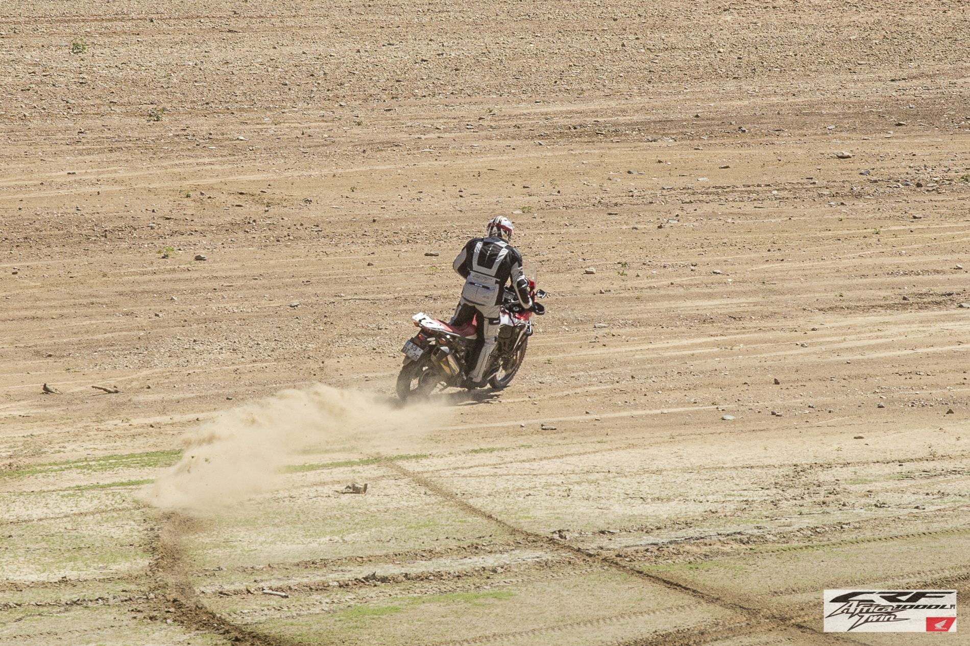 Slide CRF1000L Africa Twin